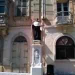 Статуя на улице Мдины
