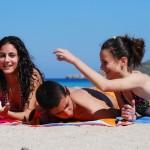 Молодёжь на пляже Мальты